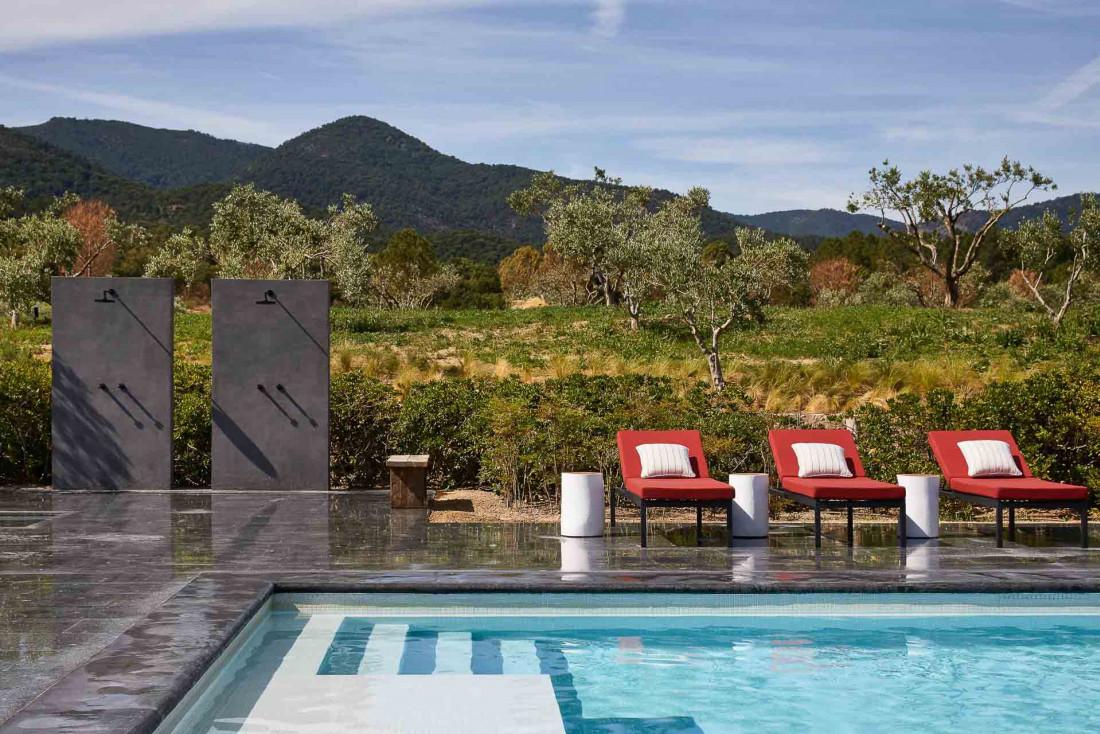 Ultimate Provence | Au bord de la piscine © Francis Amiand