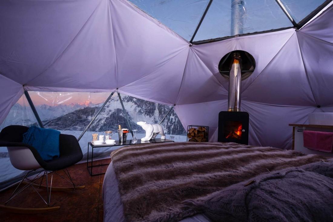 La Plagne | Passer la nuit dans un igloo tout confort, une garantie de sensations incomparables © Elina Sirparanta