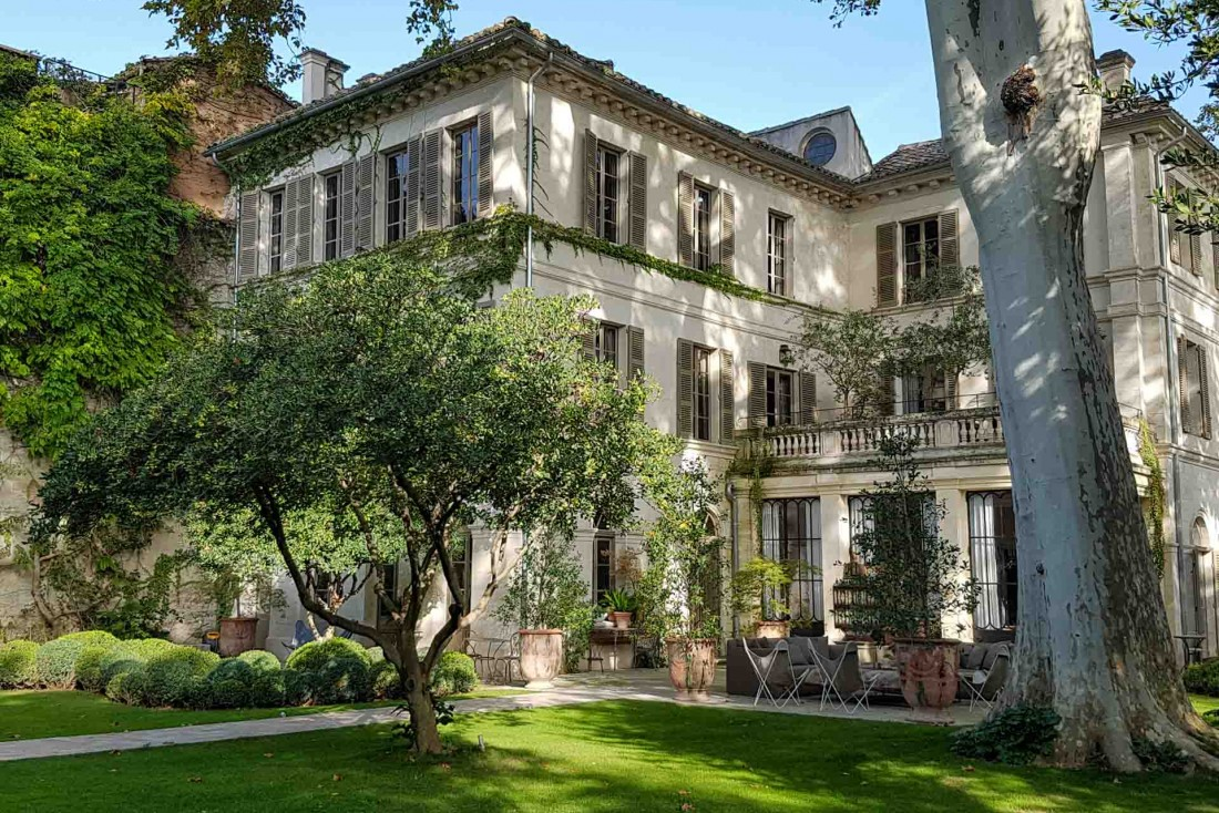 La Divine Comédie, un hôtel particulier caché au milieu d'un jardin de 2,600 m² en plein centre d'Avignon © La Divine Comédie