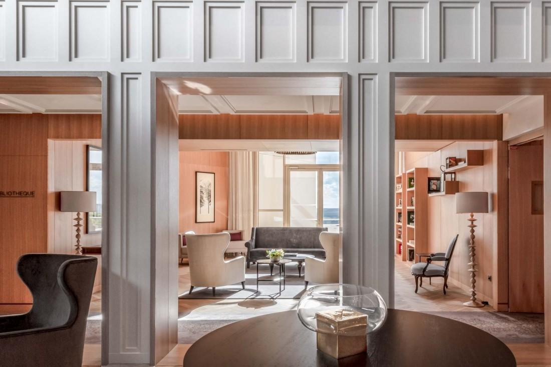 Royal Champagne Hotel & Spa | La décoration contemporaine est signée Sybille de Margerie © DR