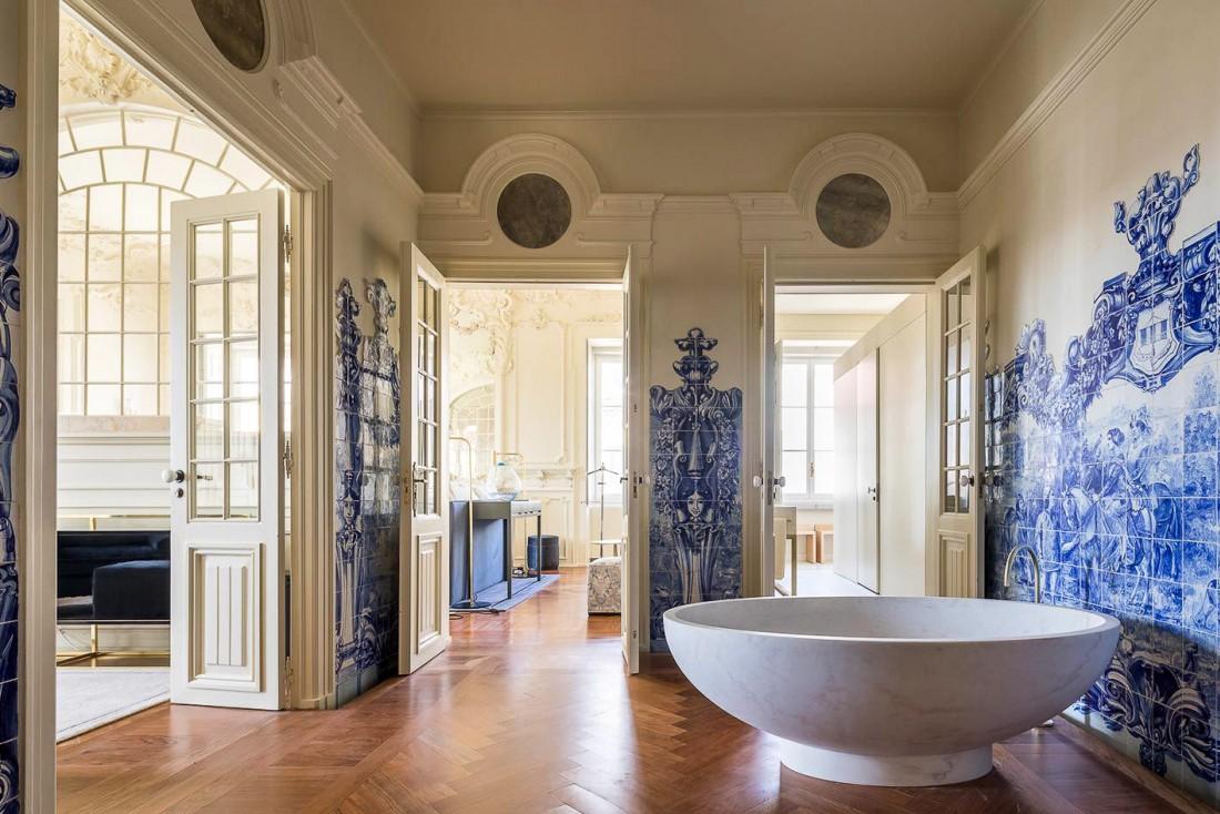 Les azulejos sont une tradition bien ancrée au Portugal, ici au Palacio Santa Catarino.