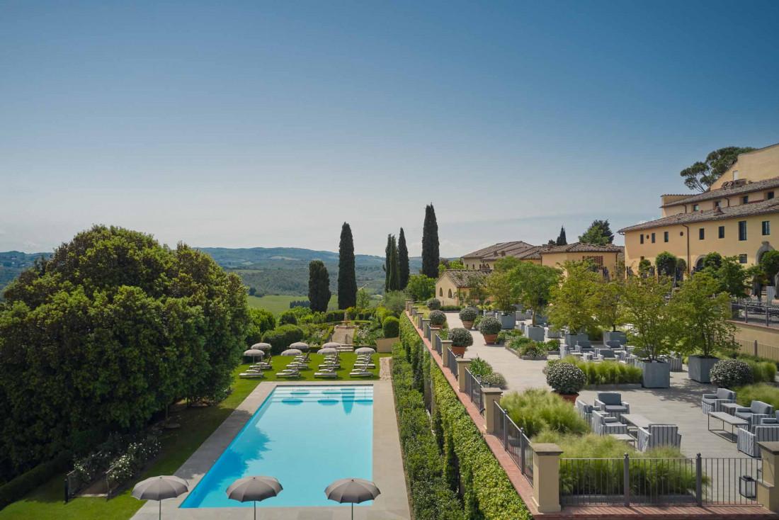 La piscine du COMO Castello Del Nero domine un domaine de 300 hectares © COMO Hotels & Resorts