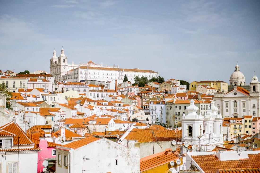 Le quartier de l'Alfama vu depuis la terrasse panoramique de l'hôtel Memmo Alfama.