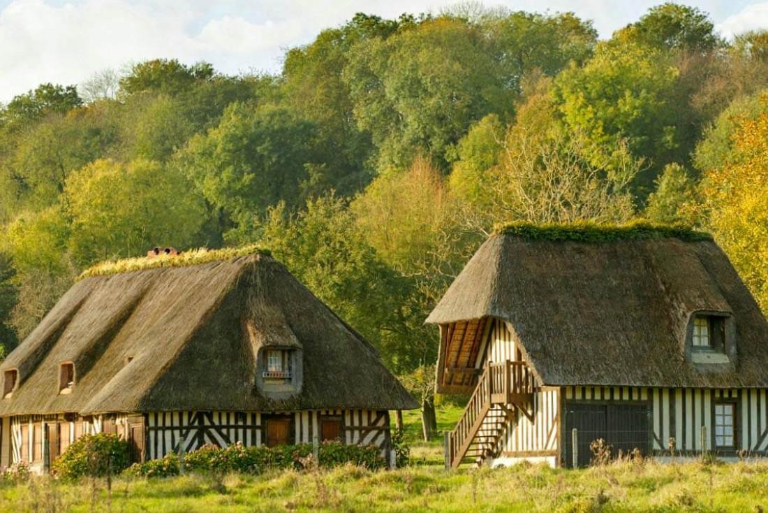Les colombages du Pays d'Auge donnent à la région son atmosphère tranquille et authentique © Gregory Wait