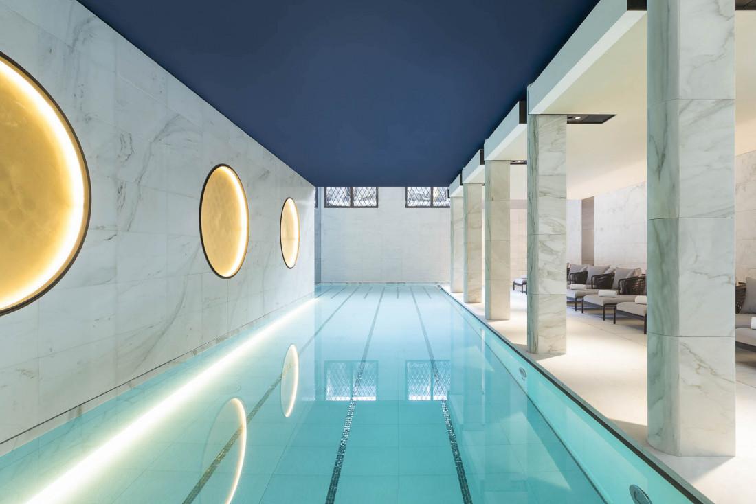 Au Lutetia, seul palace de la Rive Gauche, la piscine au sous-sol © DR