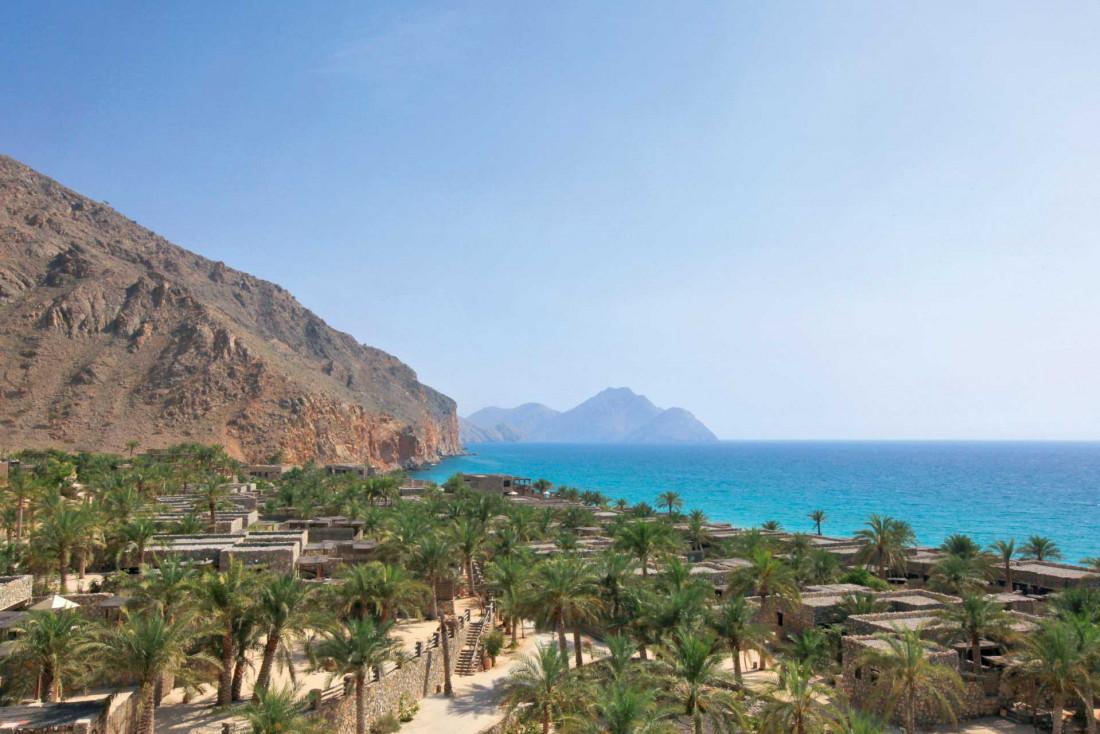 À Oman, l'océan indien et le désert se rencontrent au Six Senses Zighy Bay © Six Senses