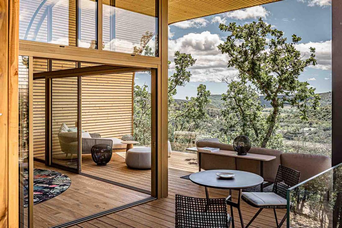 Souki Lodges & Spa Souki Lodges & Spa | Une terrasse aussi grande que les intérieurs au Souki Lodges & Spa © MR. TRIPPER