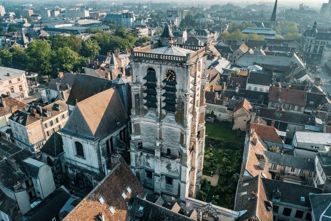 L'Eglise Sainte-Madeleine à Troyes, ville d'histoire à découvrir sans hésitation © Dron'Earth