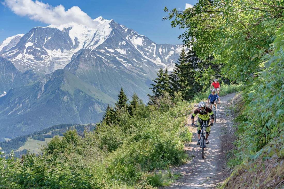 VTT pour tous les niveaux au Mont d'Arbois grâce aux remontées mécaniques © Boris Molinier