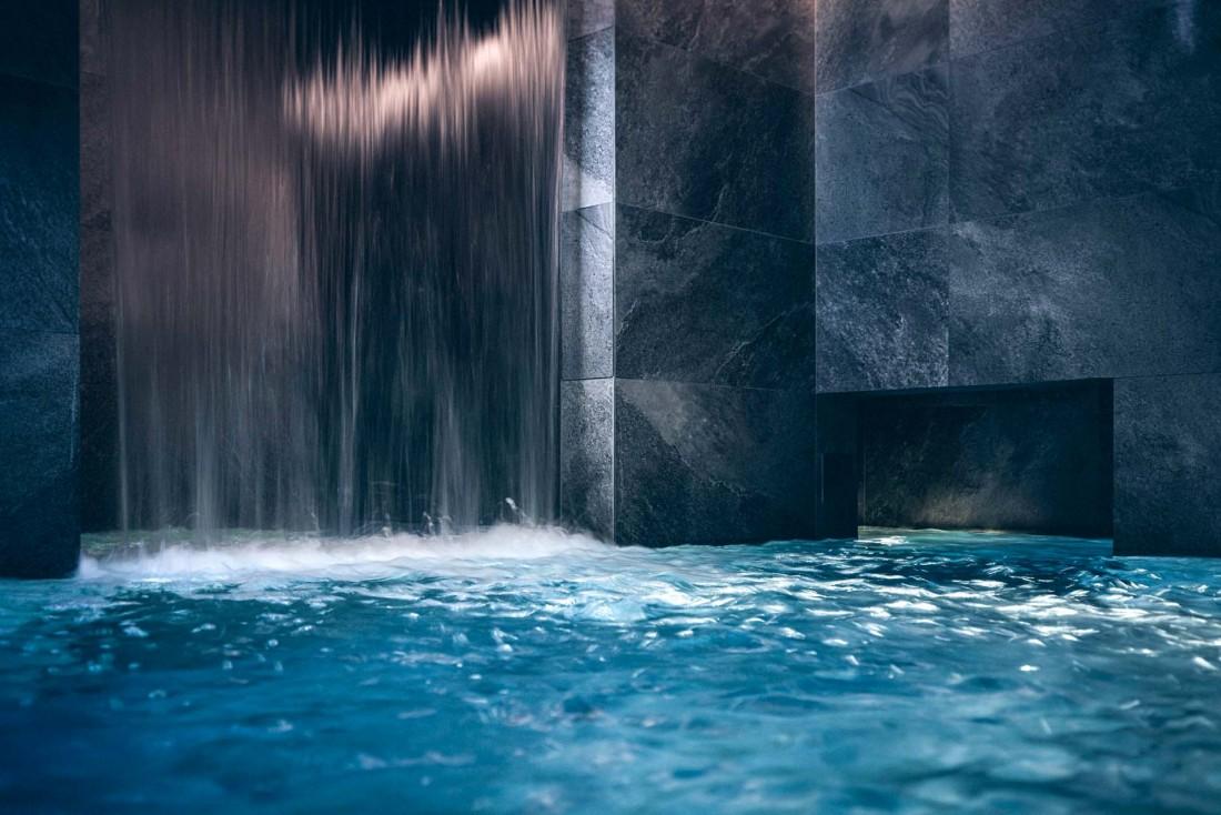La salle cascade du Yonaguni Spa © Nis&For