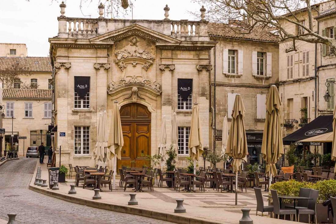 Les ruelles du centre d'Avignon © ##Cat Burtson@@https://flic.kr/p/LyPwdJ