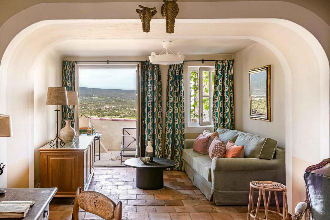 Certaines chambres offrent une vue imprenable sur le Mont Ventoux © Hôtel Crillon le Brave