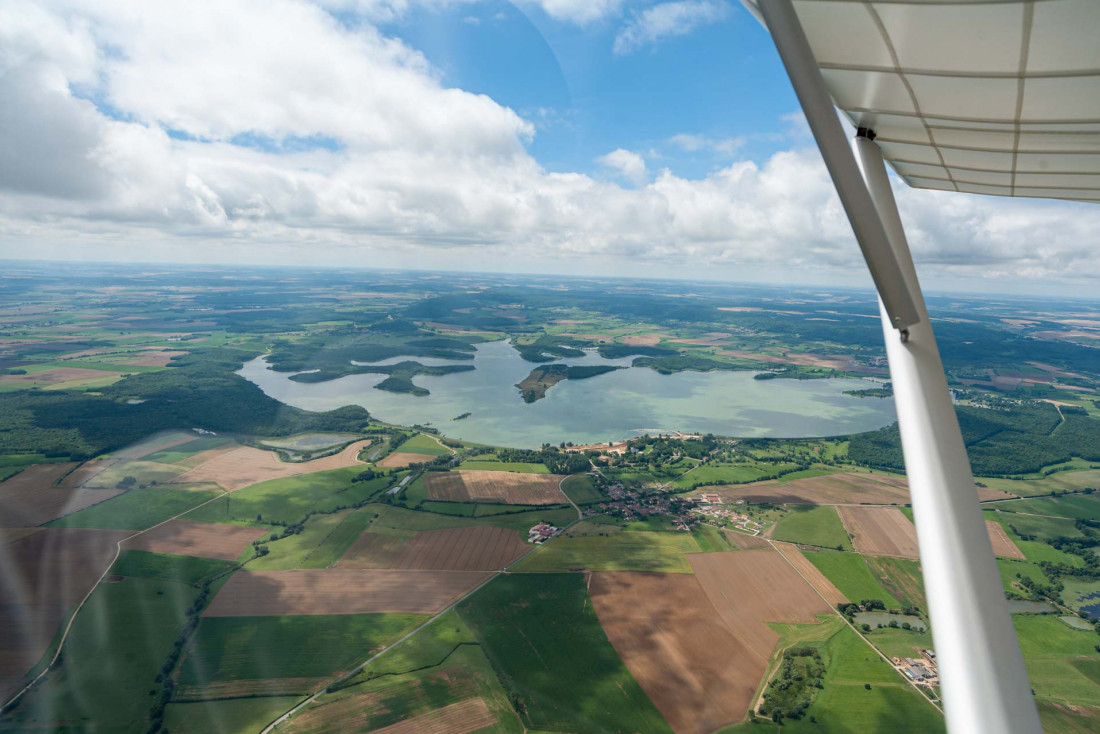 Un petit air de Canada au-dessus du lac de Madine © Jeanpierre - AdobeStock