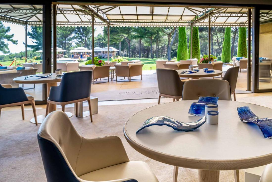 Le Restaurant Christophe Bacquié, une table triplement étoilée au Castellet dans le Var © Liveandshoot2020