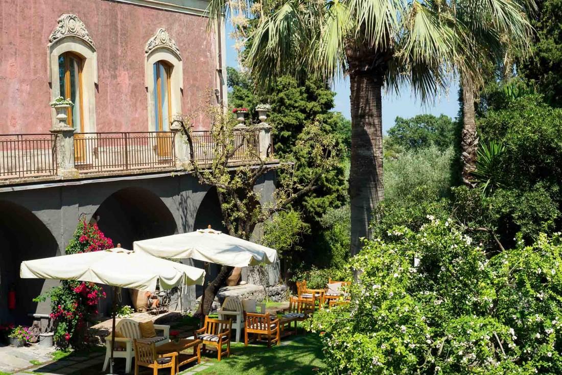 Sur les pentes de l'Etna en Sicile, Monaci delle Terre Nere est un boutique-hôtel estampillé Relais & Châteaux © Monaci delle Terre Nere