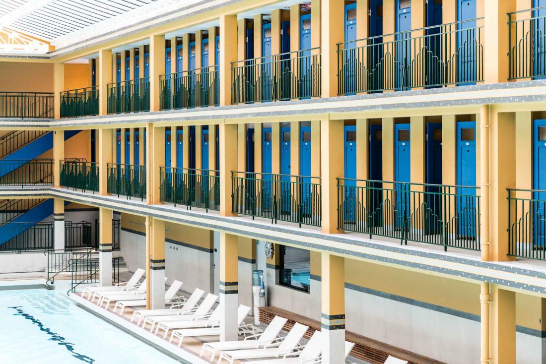 La Piscine Molitor, classée aux monuments historiques, l'un des hôtels emblématiques de la capitale © DR