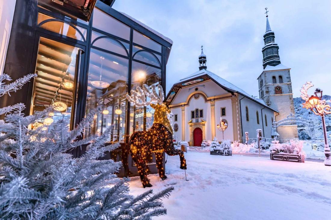 Bienvenue à Saint-Gervais Mont-Blanc, ici on aime l'hiver et le charme de la neige qui crisse sous les pieds © Boris Molinier