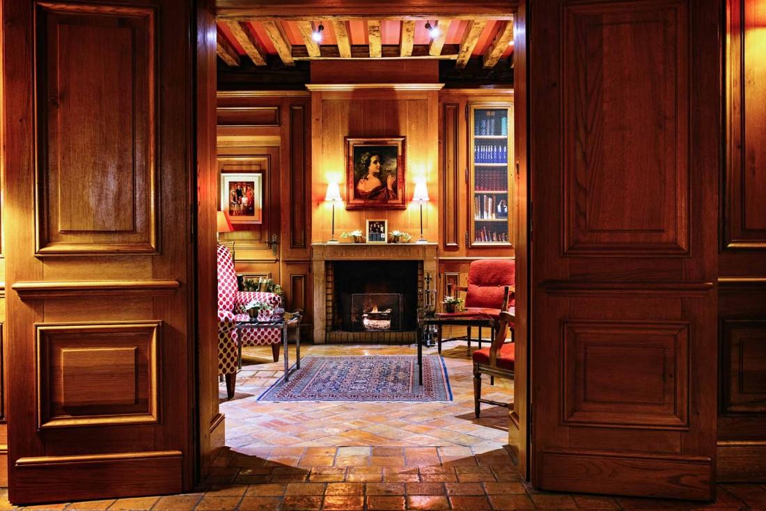 Le Relais Bernard Loiseau, 5-étoiles dont l'architecture rend hommage à la plus pure tradition bourguignonne © Franck Jure