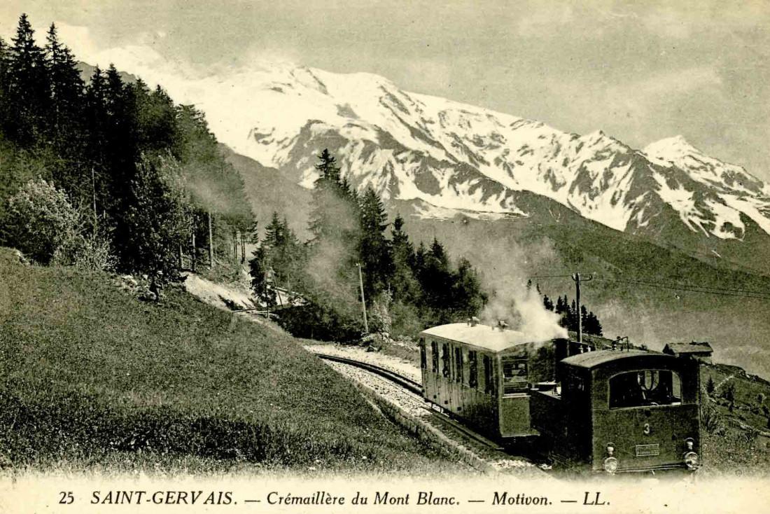 Carte postale d'archive du TMB aux abords du hameau de Motivon ©Fonds Jean-Paul Gay / coll. Mairie St Gervais