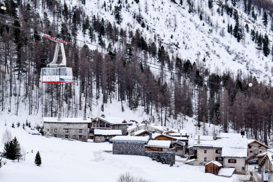 Le hameau du Fornet est l'un des lieux les plus authentiques de la vallée © YONDER.fr