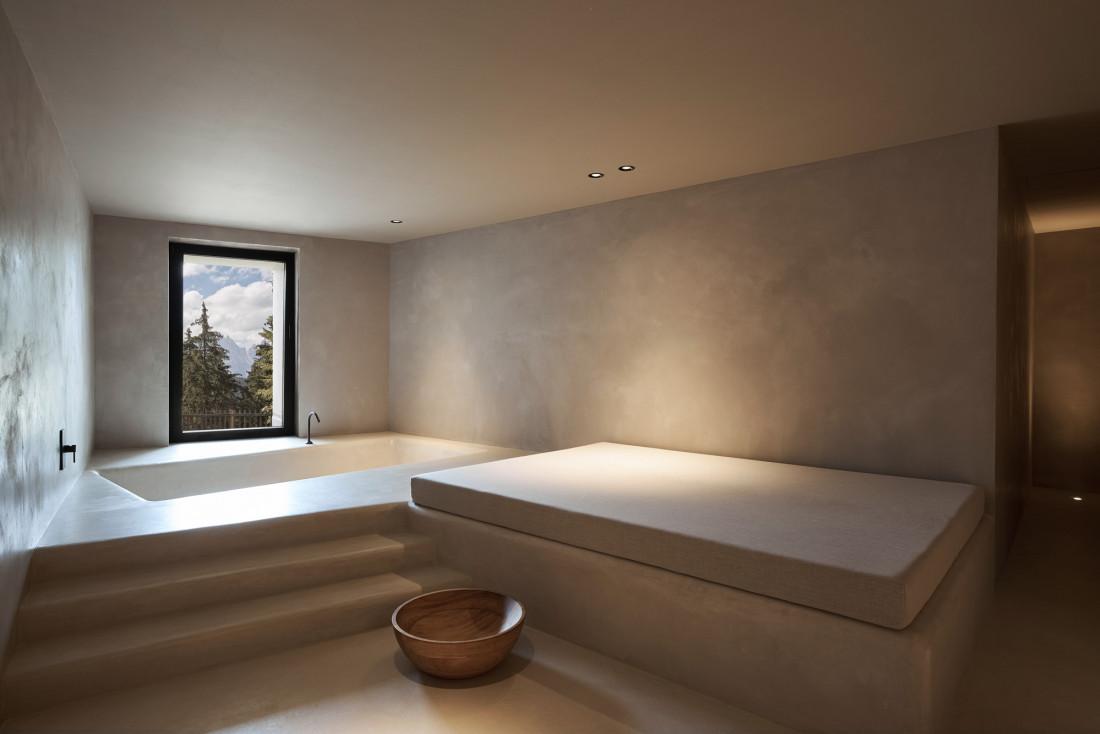Ambiance intime mais avec vue dans le spa © Forestis