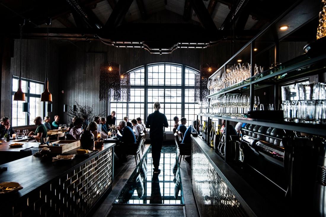 Le restaurant de Niekhu, dont les fenêtres rappellent celles de l'ancien atelier.  © Mattias Fredriksson