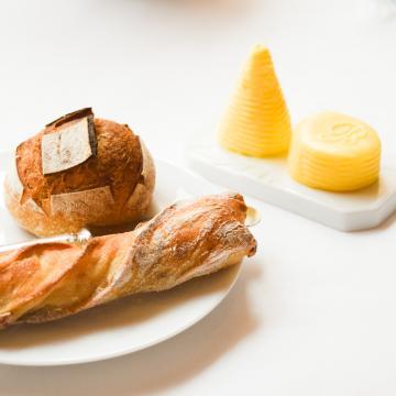 Au Bristol, le pain est fait maison © Yonder.fr