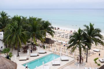 Vue de la plage depuis l'hôtel © Grand Hyatt Playa del Carmen