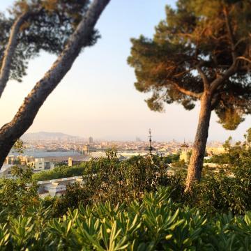 Vues sur Barcelone depuis le Monasterio pendant le festival IR BCN | © Yonder.fr