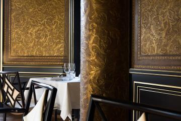 Le décor de la salle à manger du Gabriel est signé Jacques Garcia © La Réserve Paris