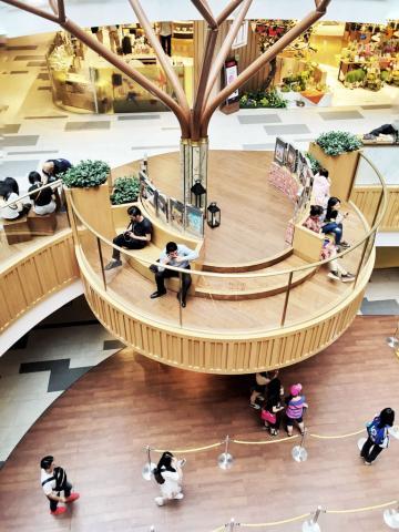 À l'intérieur du K11, le mall le plus arty de Shanghai © Yonder.fr