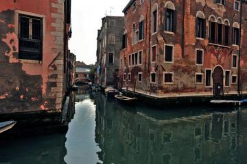 Canal dans Canareggio   © Flickr CC - DarkB4Dawn - https://flic.kr/p/7Uvsra