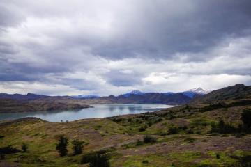 Vue sur Lago Grey depuis le sentier du O | © Cédric Aubert
