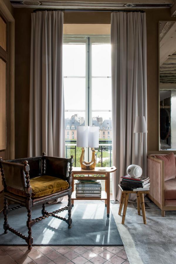 Cour des Vosges - Suite 201 © Guillaume de Laubier