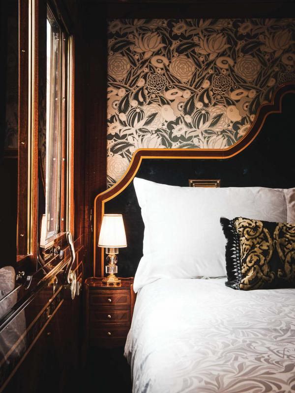 l int rieur des grand suites du venice simplon orient express. Black Bedroom Furniture Sets. Home Design Ideas
