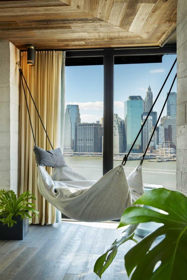1 Hotel Brooklyn Bridge - Hamac avec vue