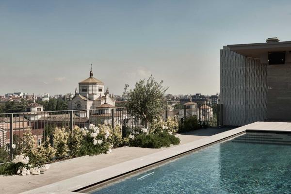 Hotel VIU Milan - Rooftop avec piscine