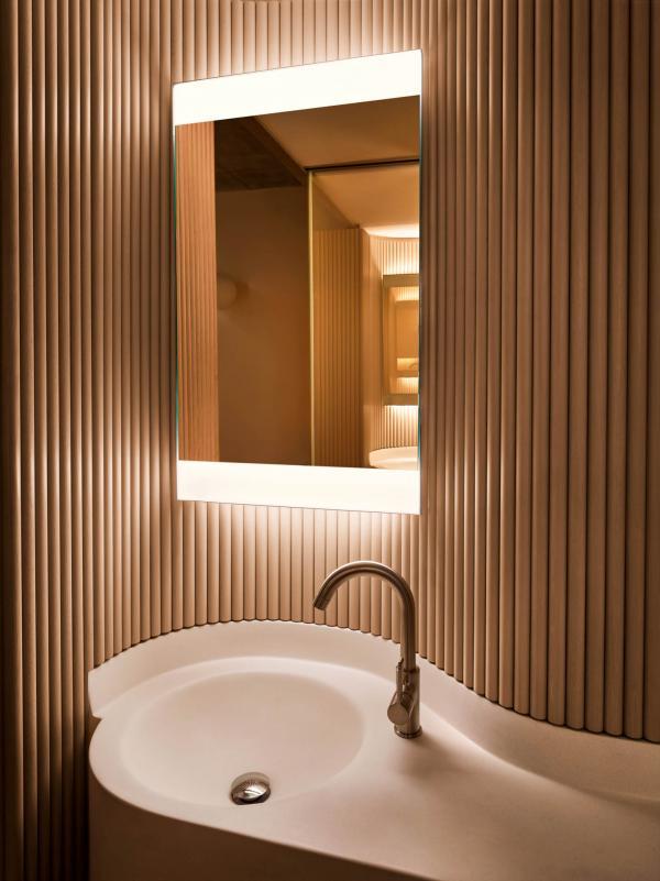 PUBLIC Hotel New York - Salle de bain d'une chambre Queen
