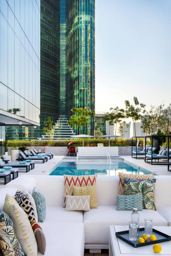 Me Dubaï — terrasse