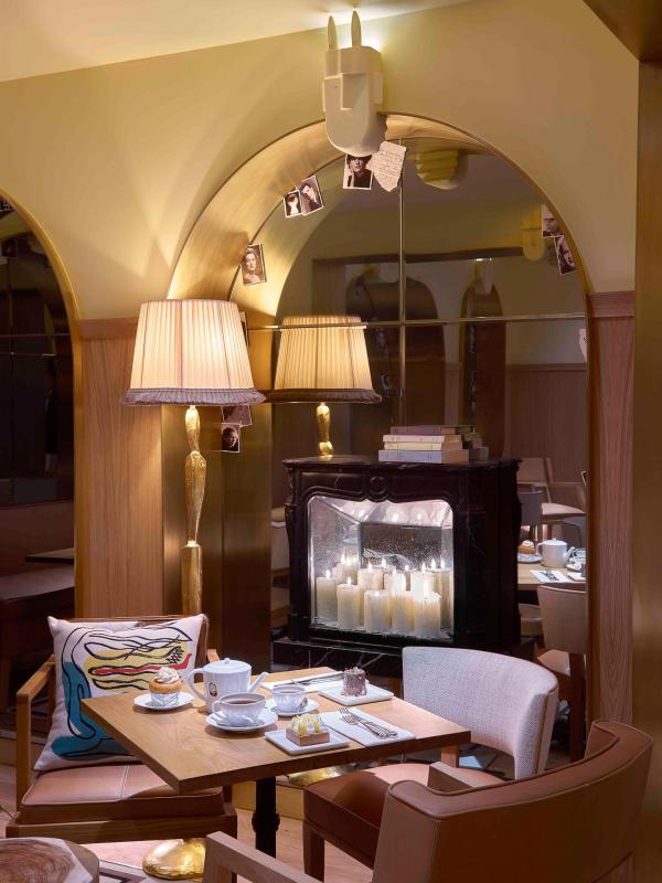 Hôtel 9Confidentiel - Salle de petit-déjeuner et Salon de thé