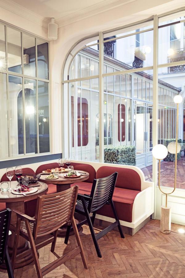 Hôtel des Grands Boulevards - Le Grand Restaurant signé Giovanni Passerini © Karel Balas