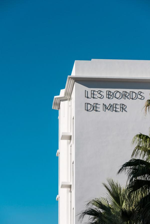 Les Bords de Mer, situé en face du Cercle des Nageurs et dans l'ancien Richelieu, font partie de l'âme de Marseille.