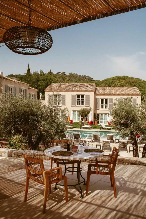 Hôtel Lou Pinet - Saint-Tropez - Jardin & Terrasses © Matthieu Salvaing