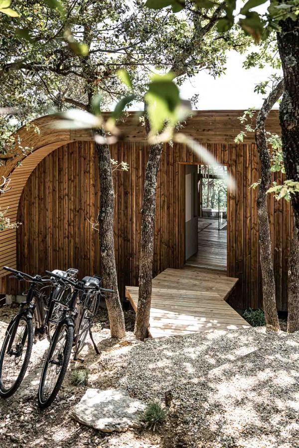 Souki Lodge & Spa — entrée © MR. TRIPPER