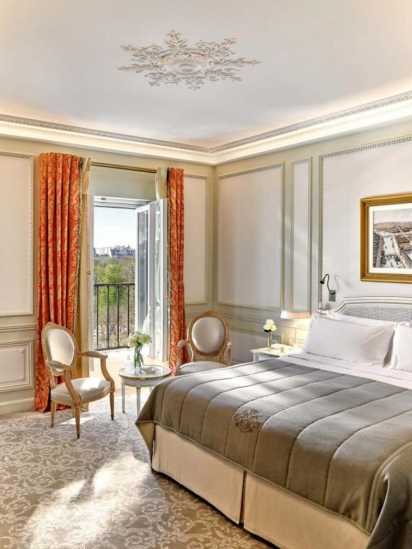 Le Meurice Paris - Suite Executive 301 vue Jardin - Chambre © DR
