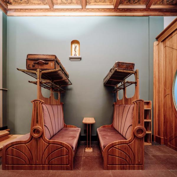Espace commun et bibliothèque, Vista - The Heritage Room partage l'histoire des lieux et de la compagnie.