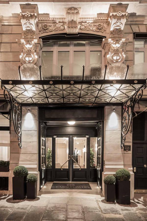 Hôtel Grand Powers - Devanture