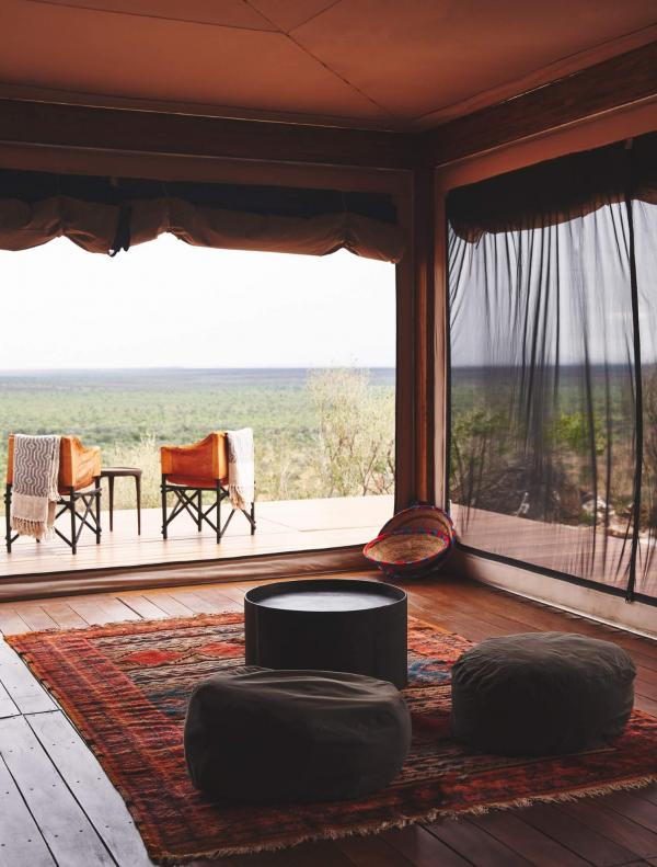 Habitas Namibia – Safari Suite (salon) © DR