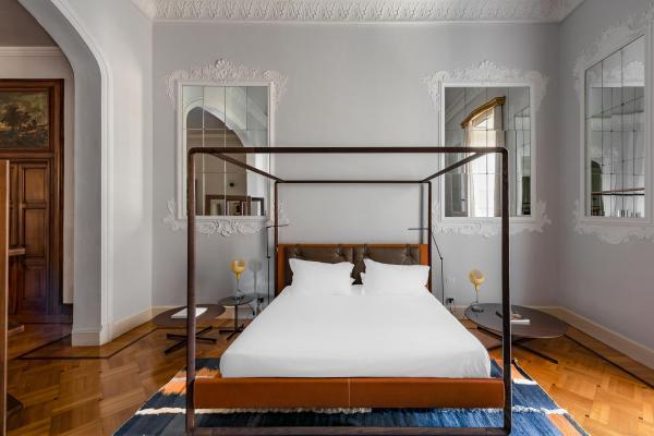 L'établissement propose trois catégories de suites : deux Classic Suites, quatre Aristocratic Suites and quatre Wellness Suites.