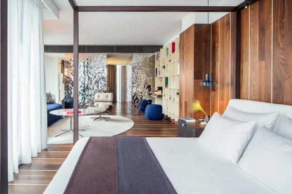 L'établissement propose des suites parmi les plus confortables d'Ibiza © Amit Geron